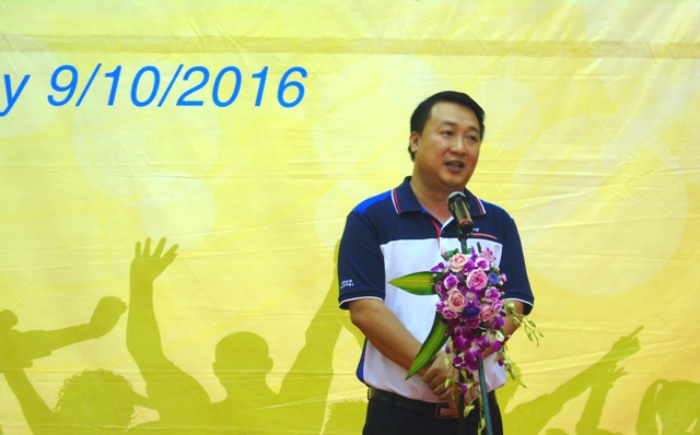 Phó bí thư Thành đoàn Hà Nội Nguyễn Khánh Bình phát biểu khai mạc Liên hoan
