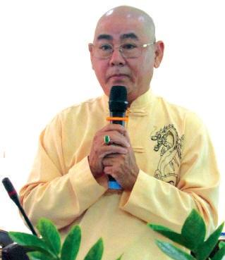 Nghệ sỹ Công Minh phát biểu tại hội thảo