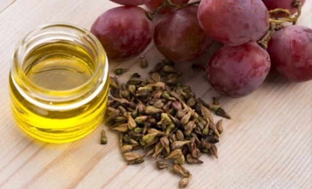 Tinh dầu được chiết xuất từ hạt nho