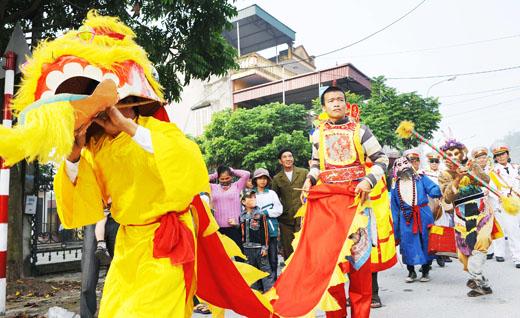 Múa lân truyền thống tại lễ hội chùa Minh Khánh